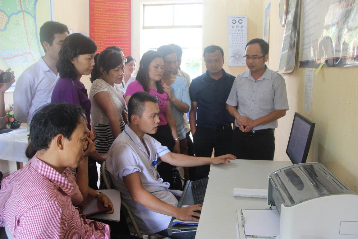 Ứng dụng CNTT trong khám chữa bệnh tại TYT thị trấn Vĩnh Tuy, huyện Bắc Quang
